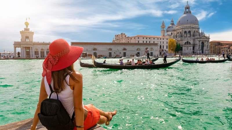 Luxurious Travel by MATUOG