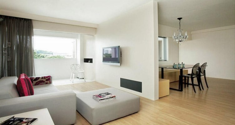 Uncluttered home that looks empty in MATUOG